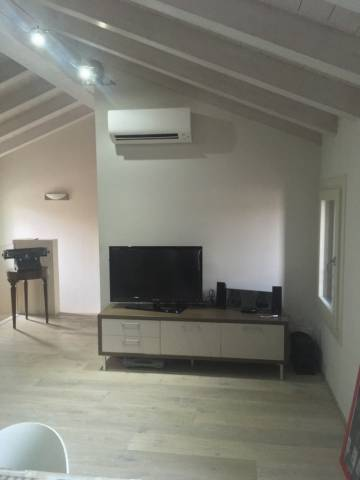 Appartamento in ottime condizioni arredato in vendita Rif. 4504902
