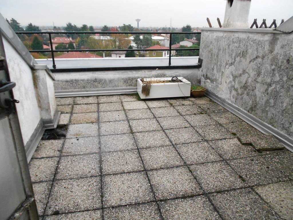 Appartamento in vendita a Canegrate, 3 locali, prezzo € 105.000 | PortaleAgenzieImmobiliari.it
