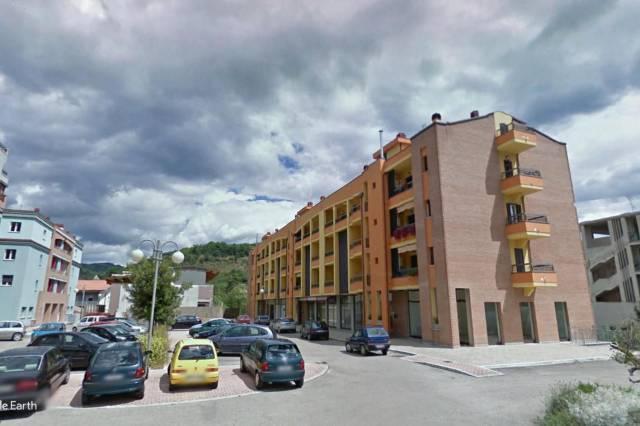 Appartamento 6 locali in vendita a Montorio al Vomano (TE)