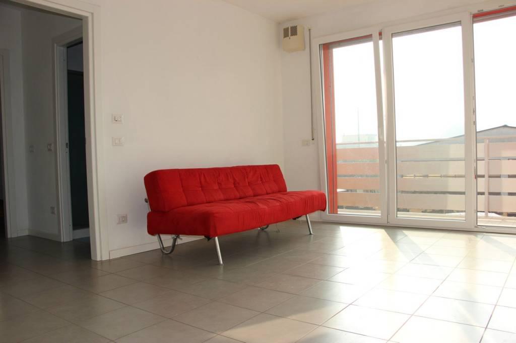 Appartamento in buone condizioni in vendita Rif. 7834533