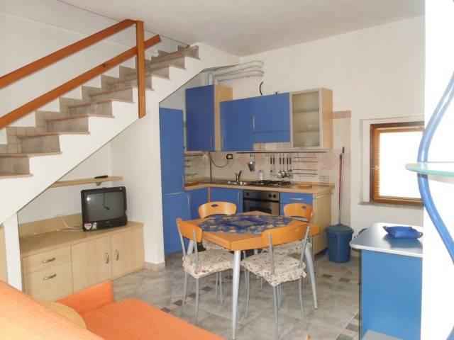 Appartamento in affitto a Borgomanero, 2 locali, prezzo € 380 | CambioCasa.it