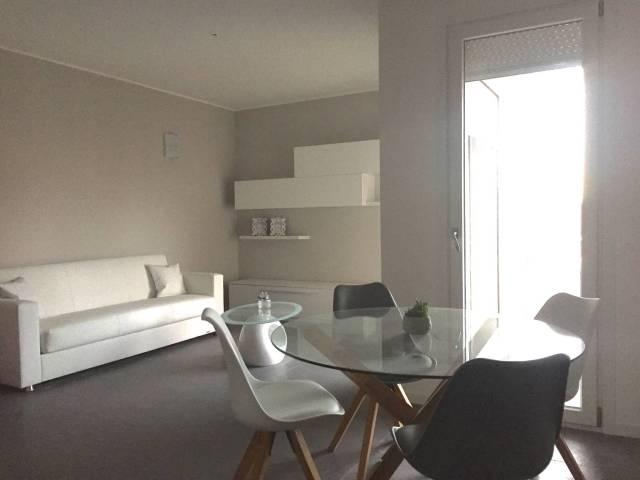 Appartamento arredato in affitto Rif. 4528052