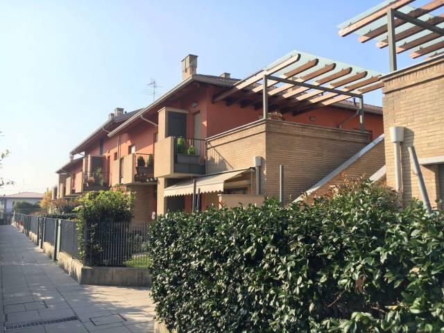 Appartamento in ottime condizioni arredato in affitto Rif. 4401418