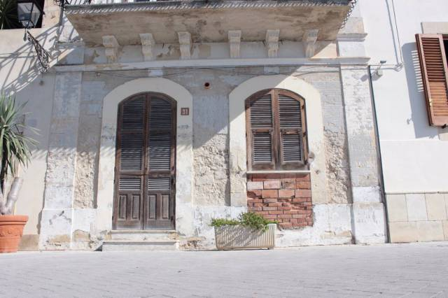 Stabile / Palazzo da ristrutturare in vendita Rif. 6509806