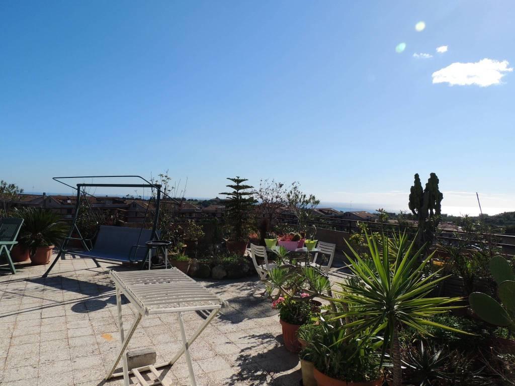 ATTICO elegante e Panoramico con terrazzoa livello mq 400