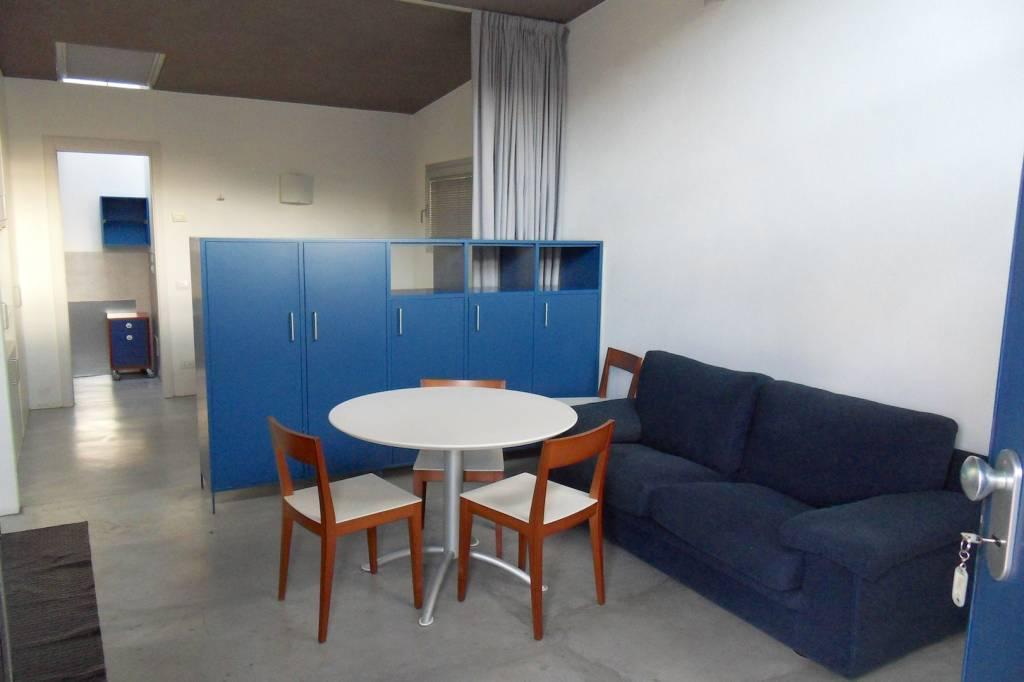 Appartamento in ottime condizioni arredato in affitto Rif. 8733602