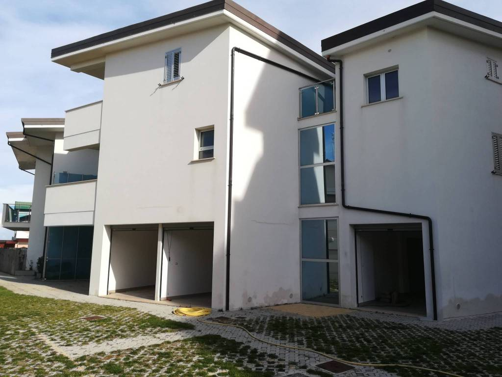 Appartamento in vendita Rif. 9210960