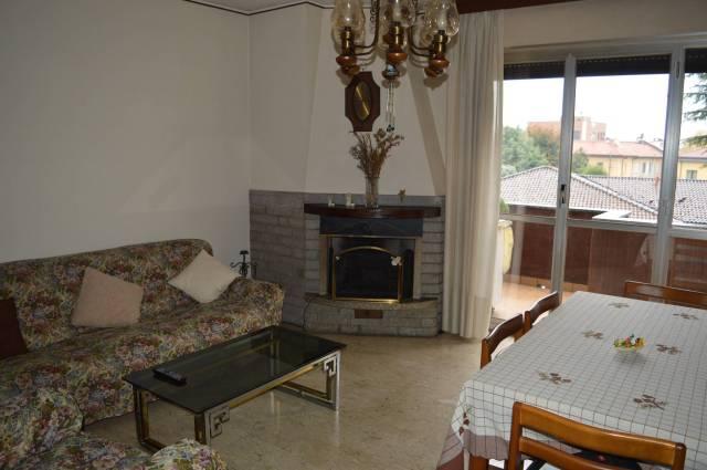 Appartamento in buone condizioni arredato in vendita Rif. 4601105