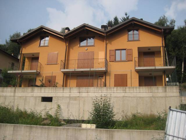 Appartamento in ottime condizioni in vendita Rif. 4937976