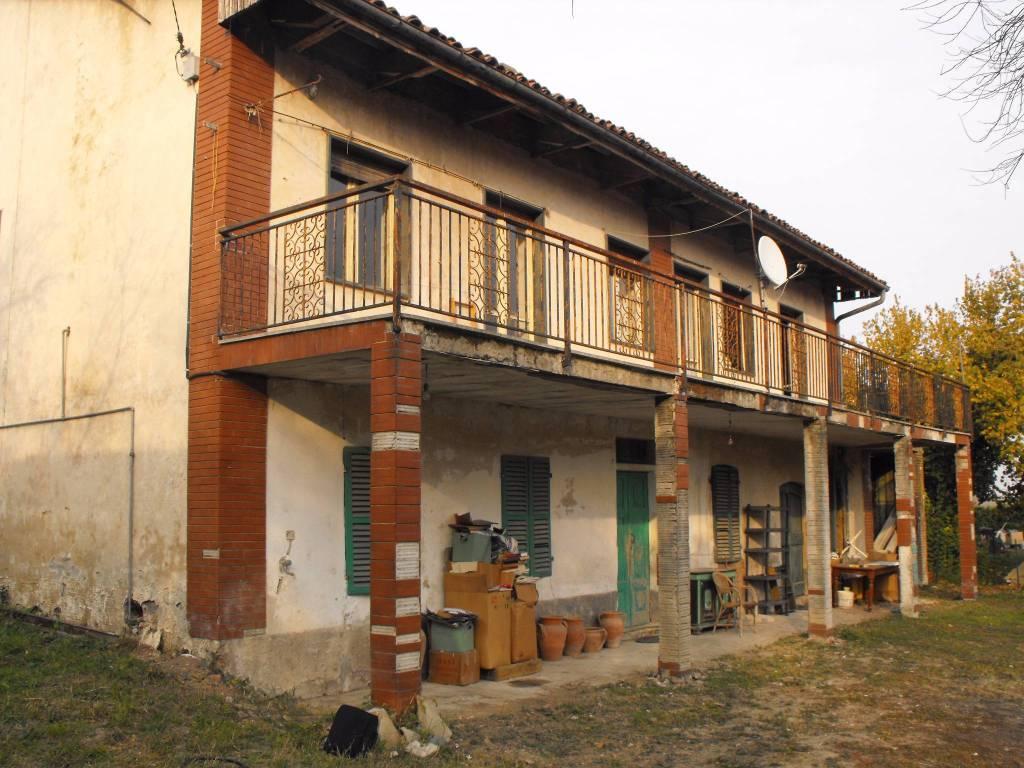 Foto 1 di Rustico via Ritana, San Sebastiano Da Po