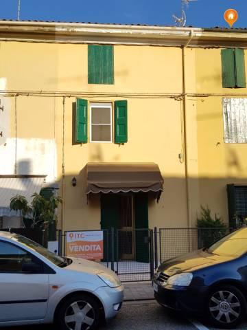 Casa Indipendente in buone condizioni in vendita Rif. 5103761