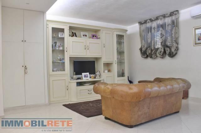 Villa in ottime condizioni in vendita Rif. 4911528