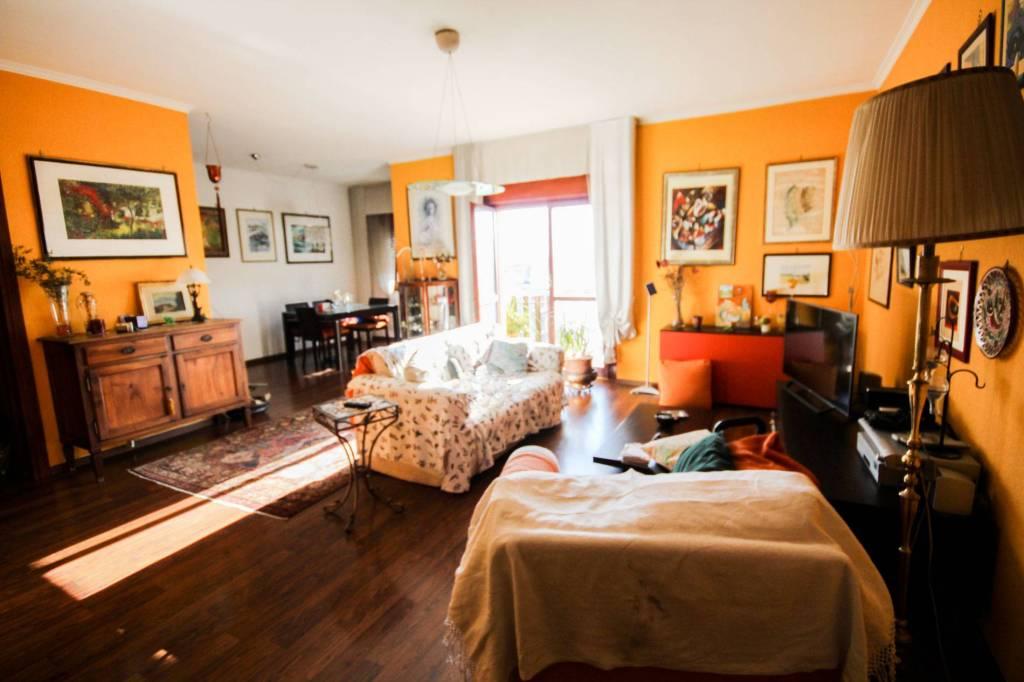 Appartamento in vendita a Ciampino, 3 locali, prezzo € 270.000   CambioCasa.it