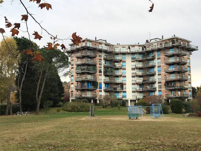 Appartamento in buone condizioni in vendita Rif. 8466622