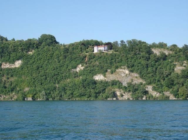Vista dal lago