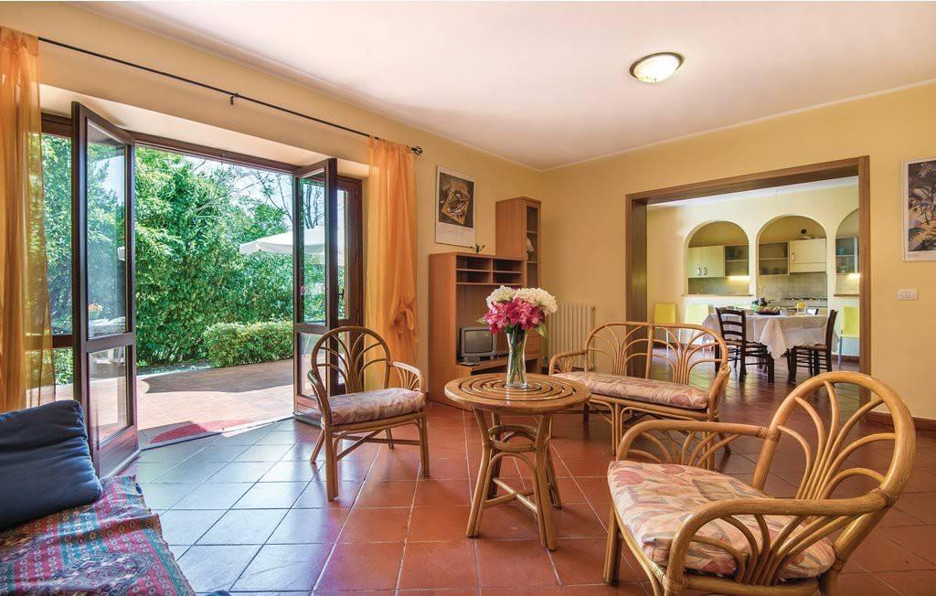 Villa in ottime condizioni arredato in vendita Rif. 4991616