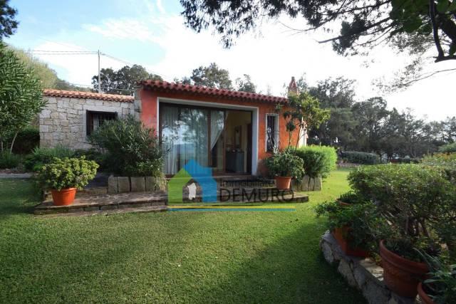 Villa in Vendita a Arzachena: 5 locali, 144 mq