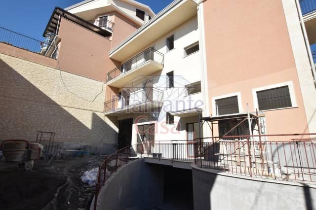 Negozio-locale in Affitto a San Pietro Clarenza Centro: 1 locali, 90 mq