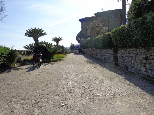 Villa Unifamiliare - Indipendente in Vendita a La Spezia