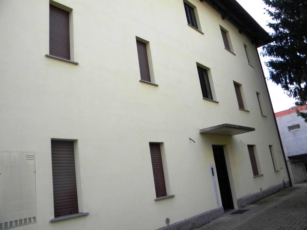 Appartamento in vendita a Busto Arsizio, 2 locali, prezzo € 70.000 | CambioCasa.it