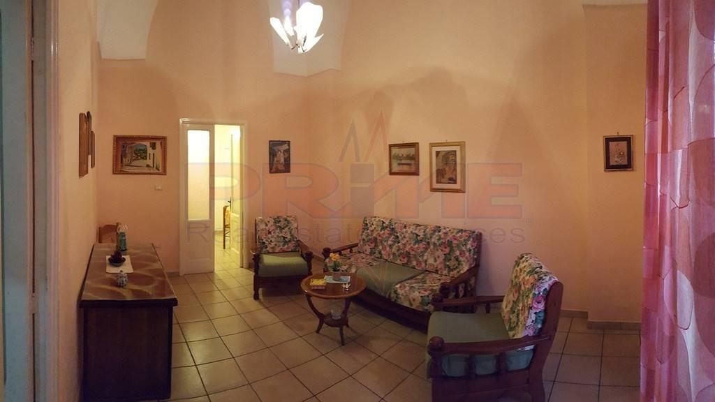 Appartamento in ottime condizioni arredato in vendita Rif. 8324514
