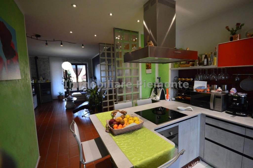 Appartamento in ottime condizioni in vendita Rif. 7847061
