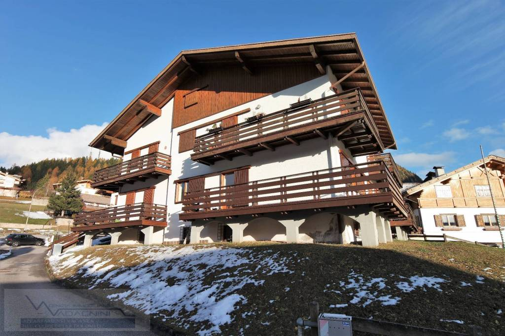 Appartamento in ottime condizioni in vendita Rif. 4289909