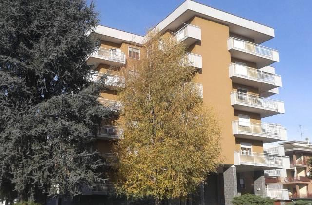 Appartamento in vendita a Santhià, 4 locali, prezzo € 94.000 | CambioCasa.it