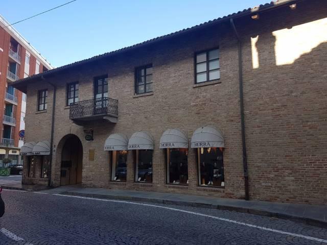Negozio / Locale in affitto a Chieri, 1 locali, prezzo € 680 | CambioCasa.it