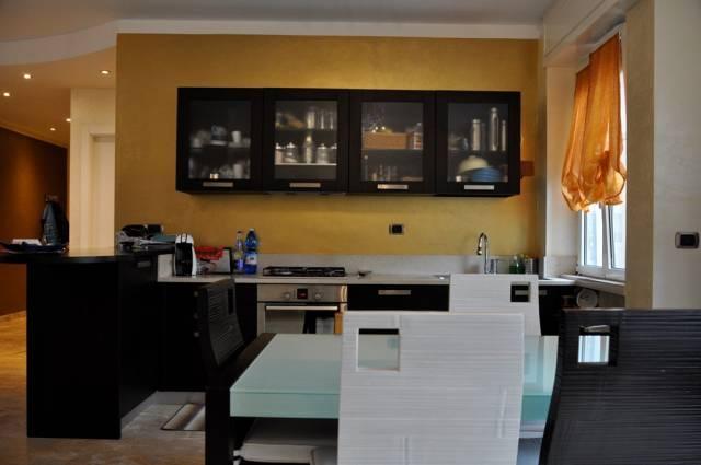 Appartamento in Vendita a San Remo Periferia Ovest: 4 locali, 109 mq