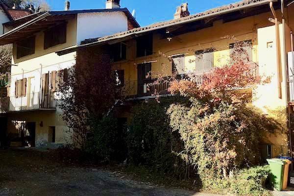 Villa in Vendita a Rivarossa