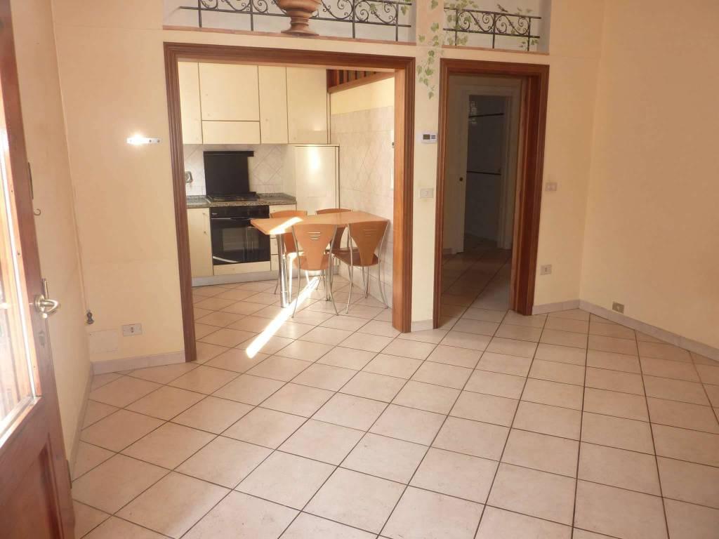 Appartamento in ottime condizioni in vendita Rif. 9077392