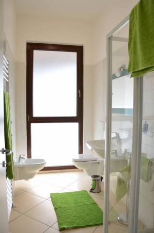 Appartamento in ottime condizioni arredato in affitto Rif. 4965409