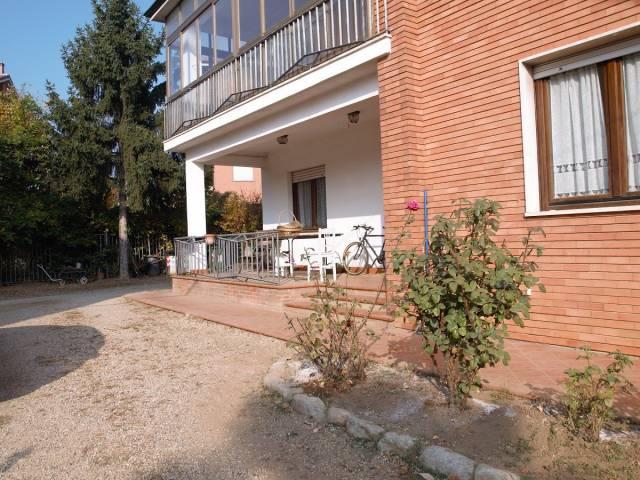 Villa 6 locali in vendita a Chieri (TO)