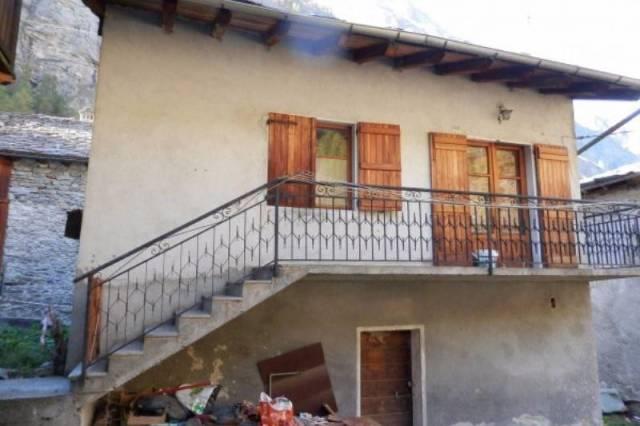 Rustico trilocale in vendita a Valsavarenche (AO)