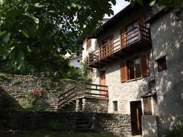 Casa Indipendente in buone condizioni parzialmente arredato in vendita Rif. 4400548