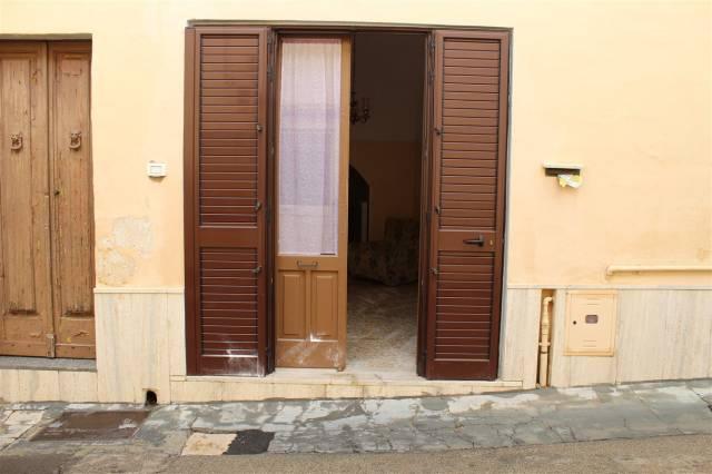 Appartamento in Vendita a Sannicola Centro: 2 locali, 40 mq