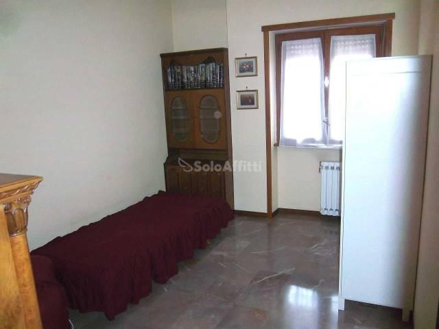 Stanza / posto letto in ottime condizioni arredato in affitto Rif. 4586924