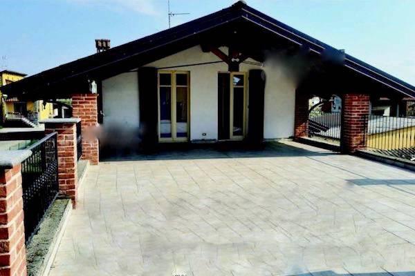 Villa in ottime condizioni in vendita Rif. 4557160