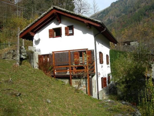 Villa in vendita a Rima San Giuseppe, 3 locali, prezzo € 160.000 | CambioCasa.it