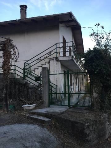 Villa in Vendita a San Pietro Val Lemina