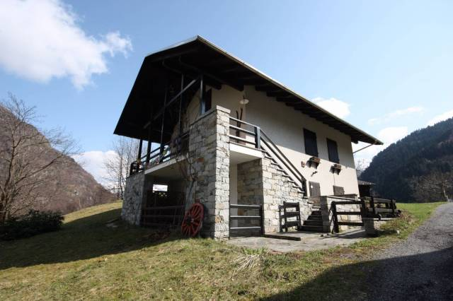 Villa in vendita Rif. 4986512