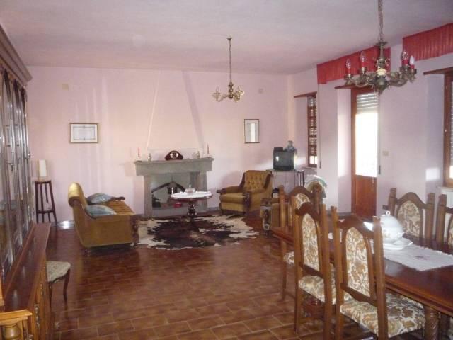Villa 6 locali in vendita a Abbasanta (OR)