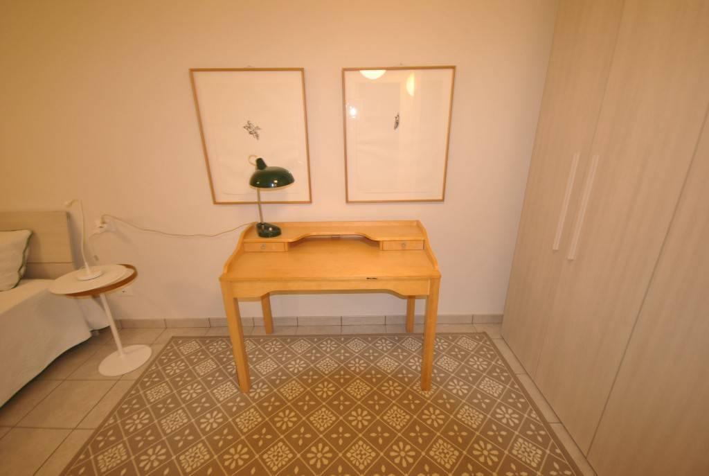 Appartamento in buone condizioni arredato in affitto Rif. 8061245
