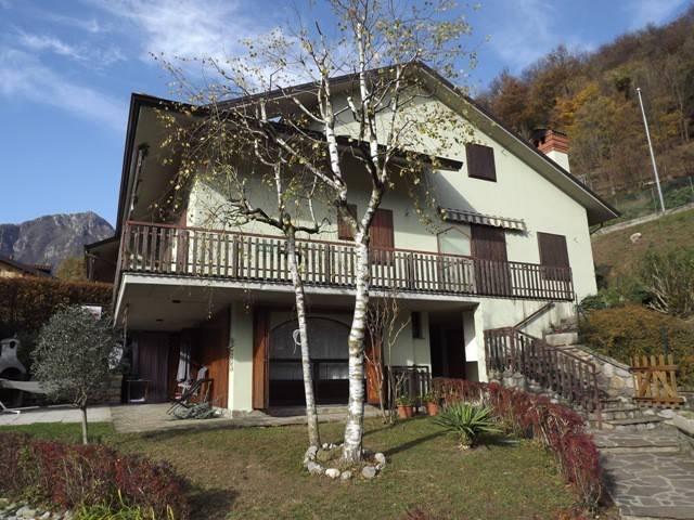 Appartamento in vendita a Zogno, 3 locali, prezzo € 44.500 | CambioCasa.it
