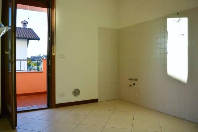 Appartamento in vendita a Premariacco, 6 locali, prezzo € 130.000 | CambioCasa.it