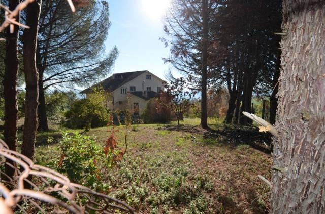 Villa 6 locali in vendita a Forano (RI)