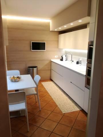 Appartamento 5 locali in vendita a Padova (PD)