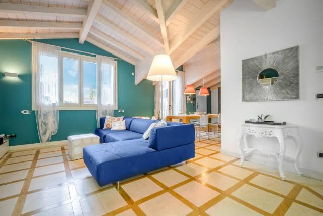 Appartamento in ottime condizioni parzialmente arredato in vendita Rif. 4199111