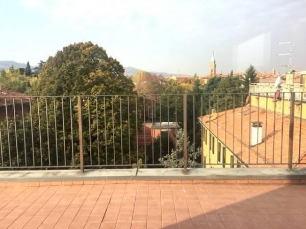 Ufficio 6 locali in affitto a Bologna (BO)